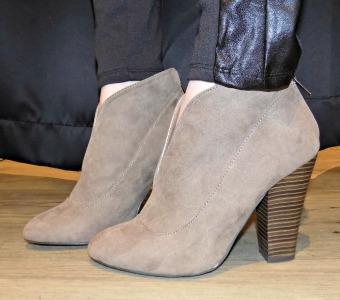 Shoe side look 2